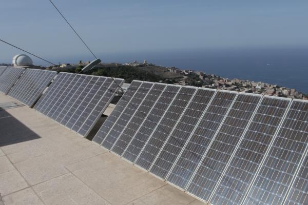 panneaux à énergie solaire