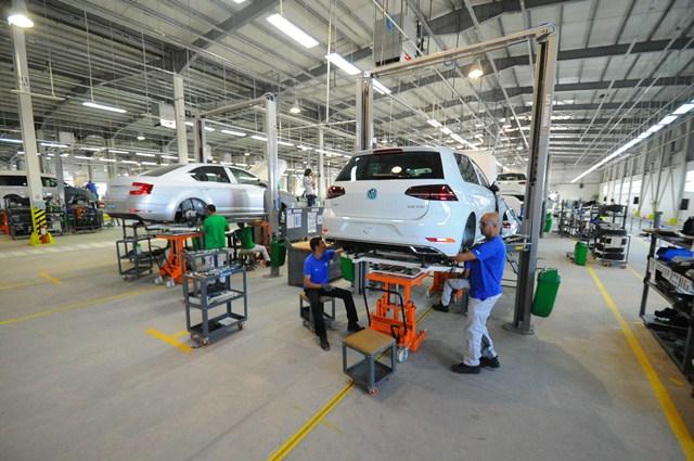 OGB: l'industrie automobile monte en cadence - DZ Entreprise